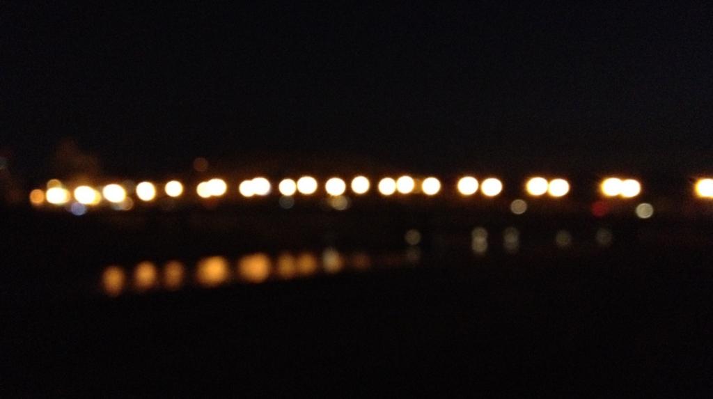 川上の明かり